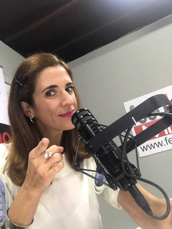 Laura Aiello en la radio Divorce Coach